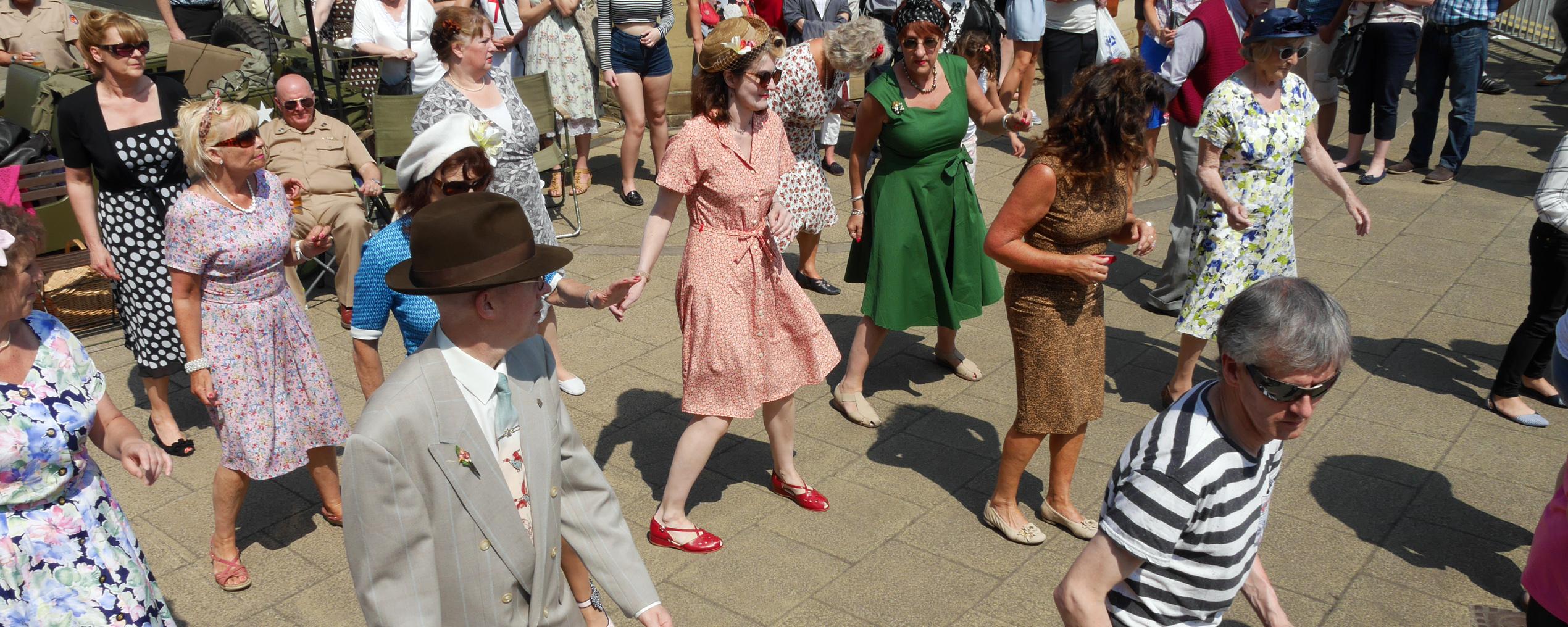 Brighouse 1940s Weekend Dancing 02